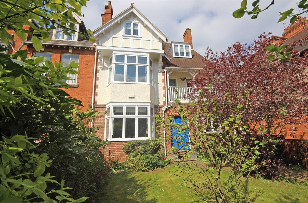 6 Bedrooms Semi Detached House for sale in Wellingborough Road, Abington, Northampton, NN3