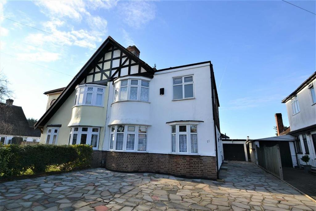 5 Bedrooms Semi Detached House for sale in The Fairway, Bickley, Kent