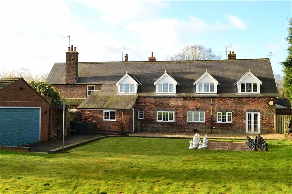 5 Bedrooms House for sale in School Lane, Burton Fleming, East Yorkshire