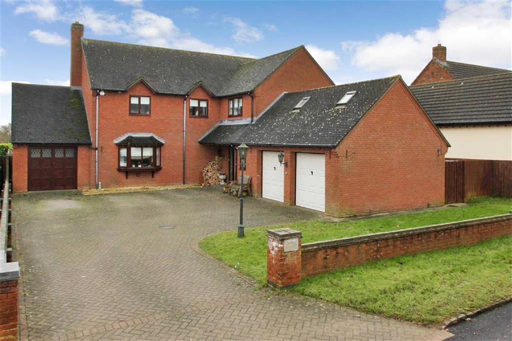 5 Bedrooms Detached House for sale in Geary House, Main Street, Crowfield