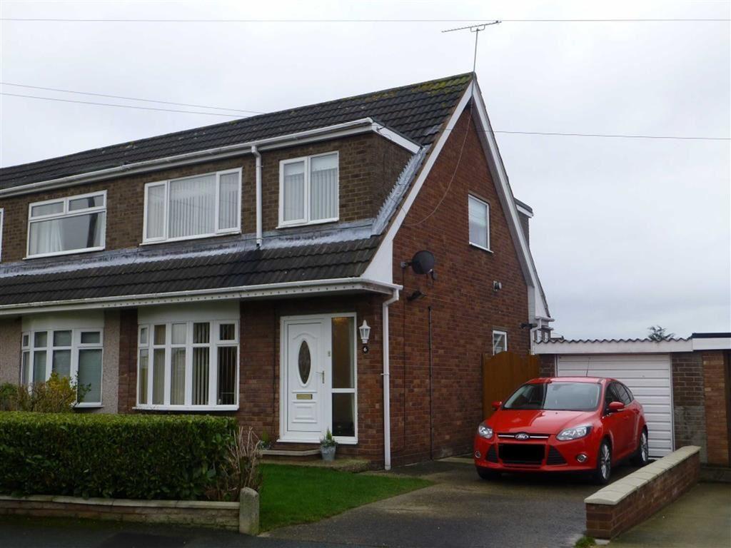 3 Bedrooms Semi Detached House for sale in Chestnut Road, Bradley, Wrexham
