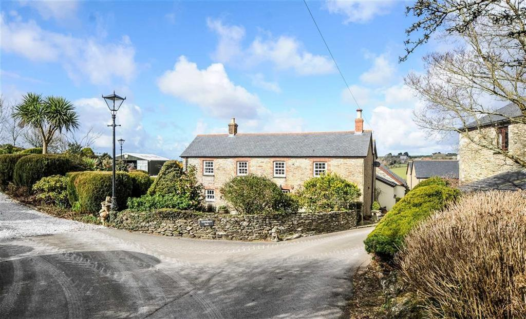 4 Bedrooms Detached House for sale in St Newlyn East, St Newlyn East, Newquay, Cornwall, TR8