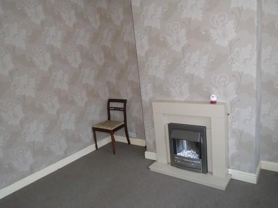 2 bed terraced for rent in Mexborough