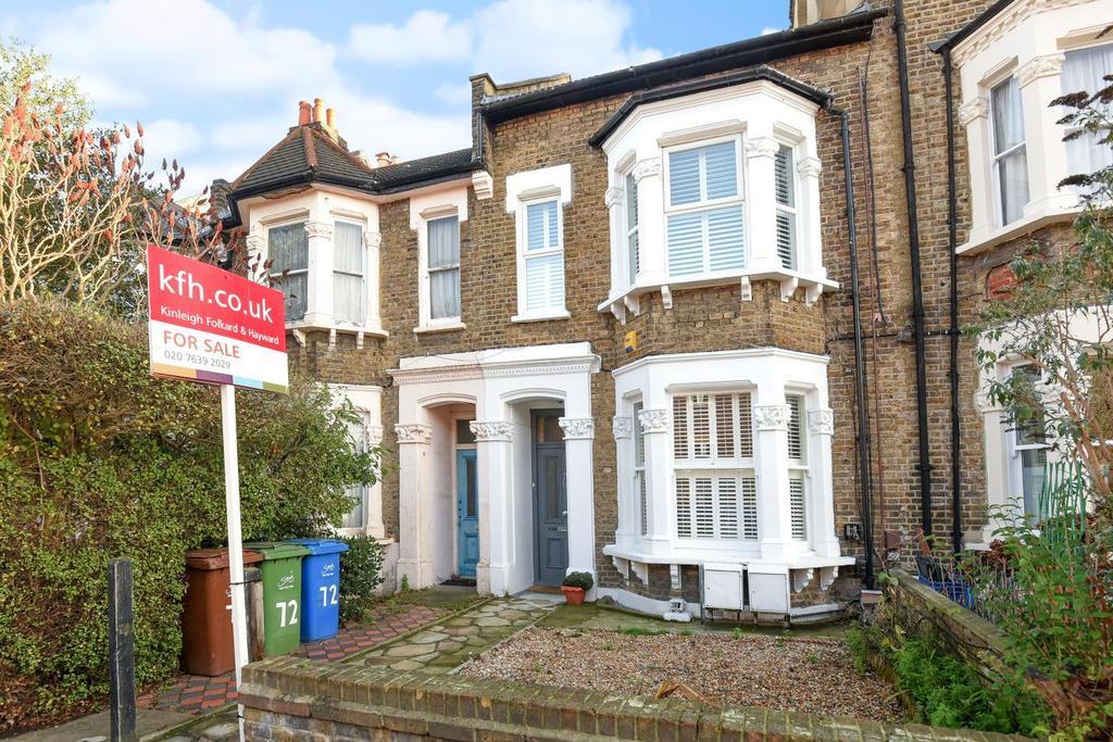 1 Bedroom Flat for sale in Fenwick Road, Peckham, SE15