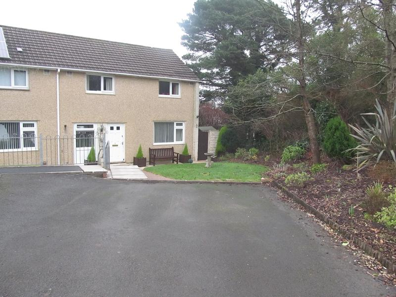 3 Bedrooms End Of Terrace House for sale in Pinewood Close, Morriston, Swansea.