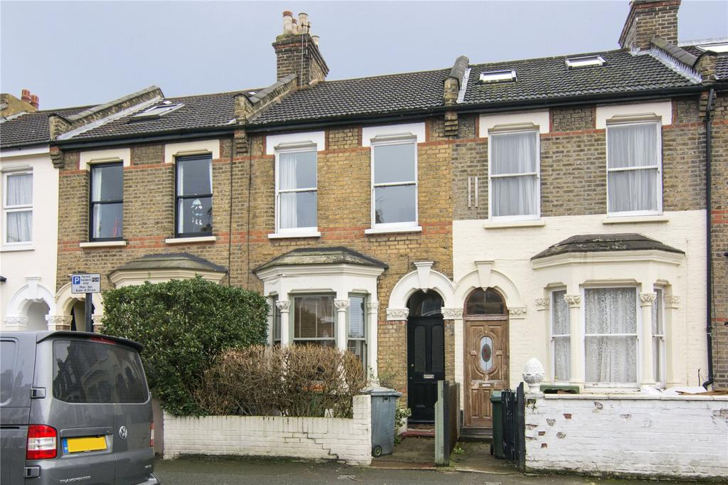 3 Bedrooms Terraced House for sale in Godwin Road, London, E7