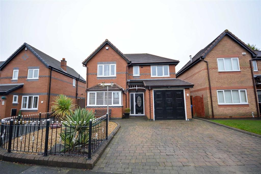 4 Bedrooms Detached House for sale in Buckland Drive, Kitt Green, Wigan, WN5