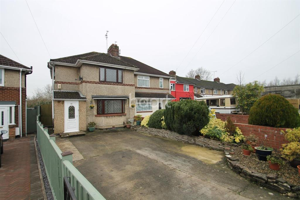 3 Bedrooms Semi Detached House for sale in Newburn Crescent, Even Swindon, Wiltshire