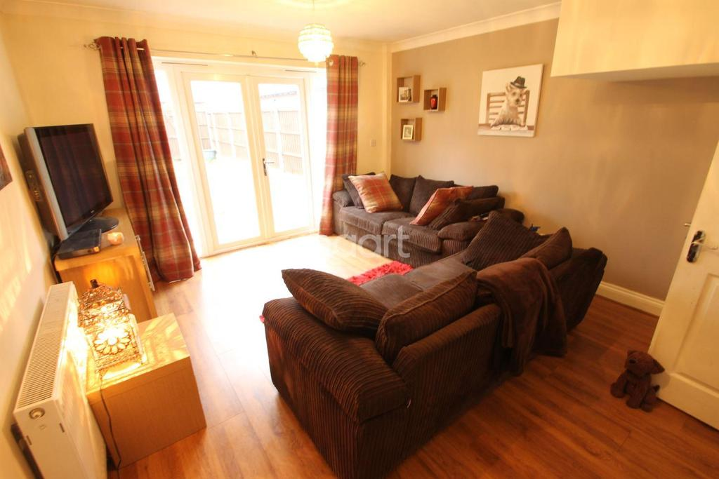3 Bedrooms Terraced House for sale in Leywood Close, Braintree