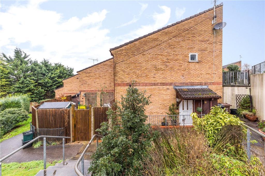 1 Bedroom Flat for sale in Barley Rise, Harpenden, Hertfordshire