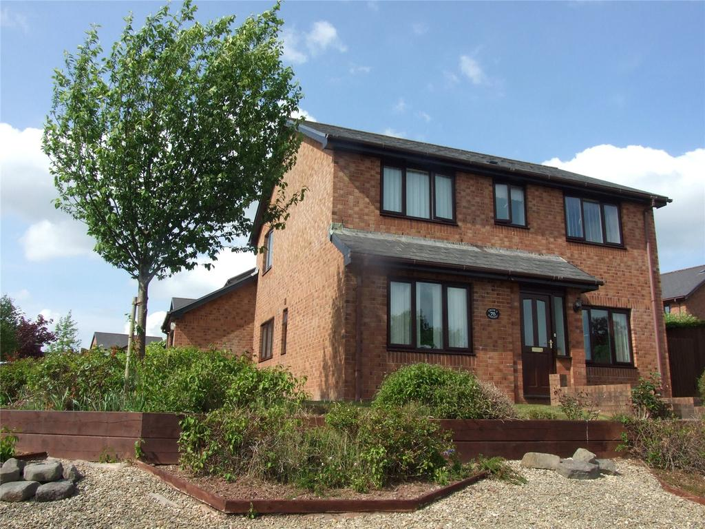 4 Bedrooms Detached House for sale in Beacons Park, Brecon, Powys