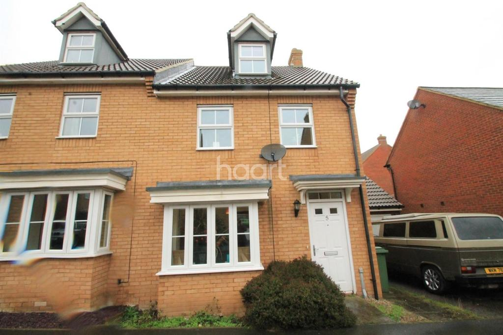 3 Bedrooms Semi Detached House for sale in Coral Road, Minster