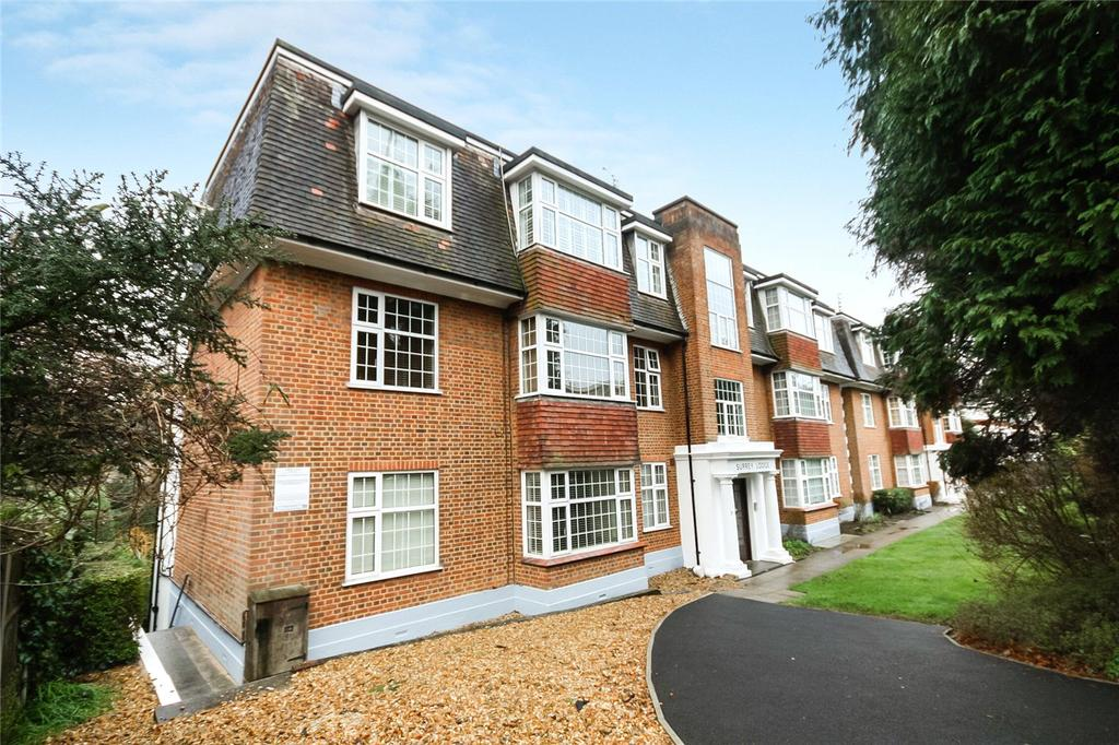 3 Bedrooms Flat for sale in Surrey Road, Westbourne, Bournemouth, Dorset, BH4