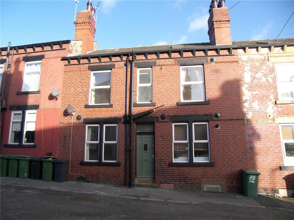 4 Bedrooms Terraced House for sale in Moorfield Street, Armley, Leeds