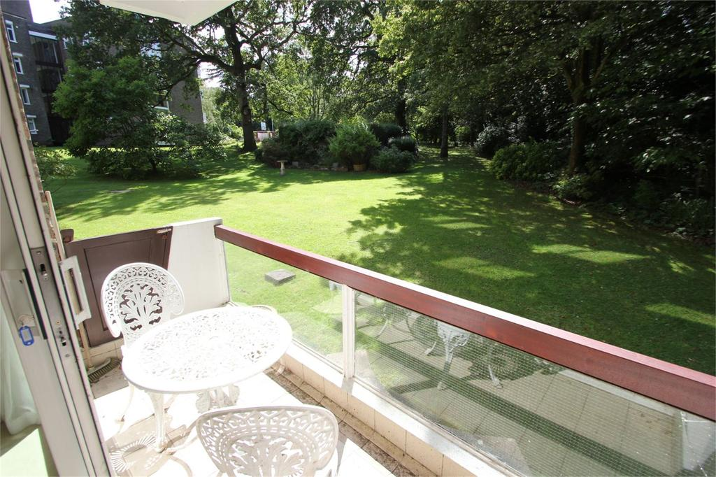 3 Bedrooms Apartment Flat for rent in Leighwood House, Church Road, Leigh Woods, Bristol, BS8