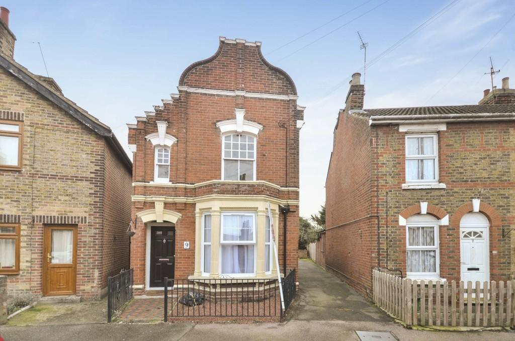 2 Bedrooms Flat for sale in Granville Road, Colchester