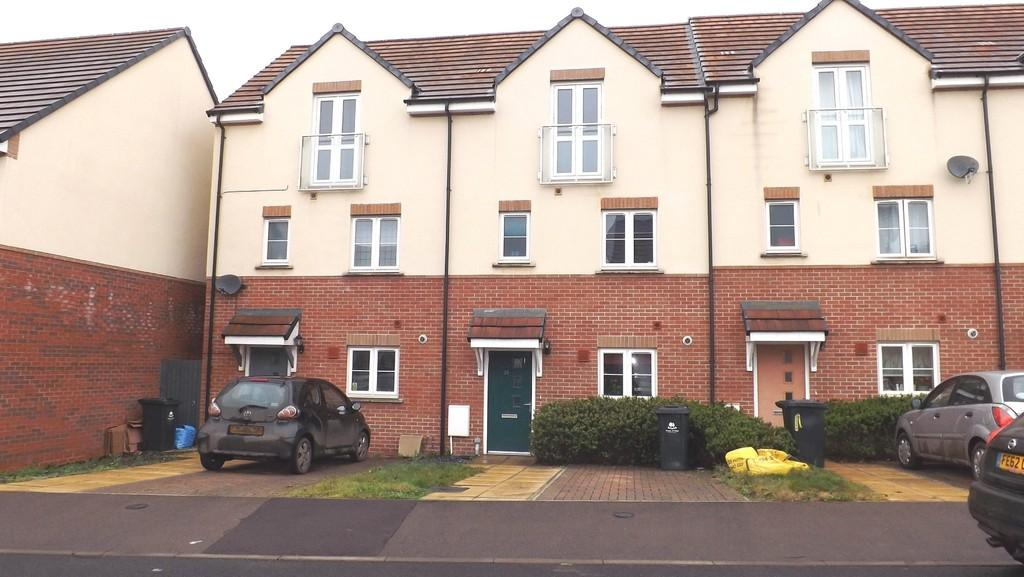 3 Bedrooms Town House for sale in Par-Four-Lane, Lydney
