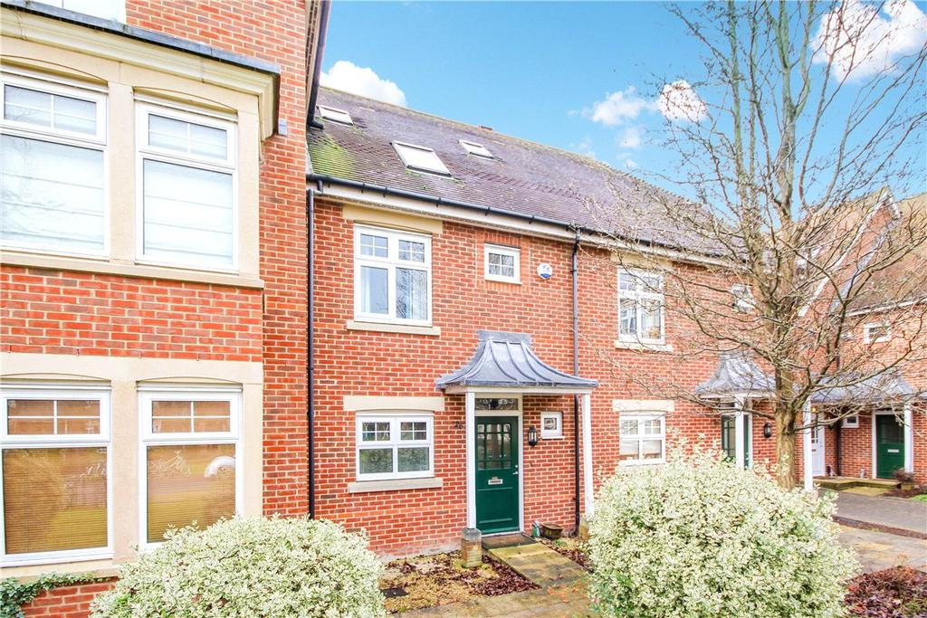3 Bedrooms Terraced House for rent in Complins Close, Oxford, Oxfordshire, OX2