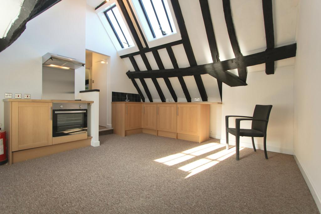 Studio Flat for sale in The Square, Petersfield