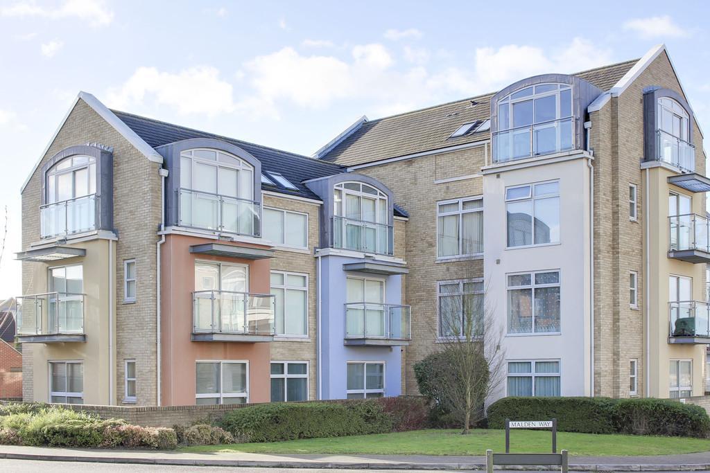 2 Bedrooms Penthouse Flat for sale in Shepherd Drive, Eynesbury, St Neots