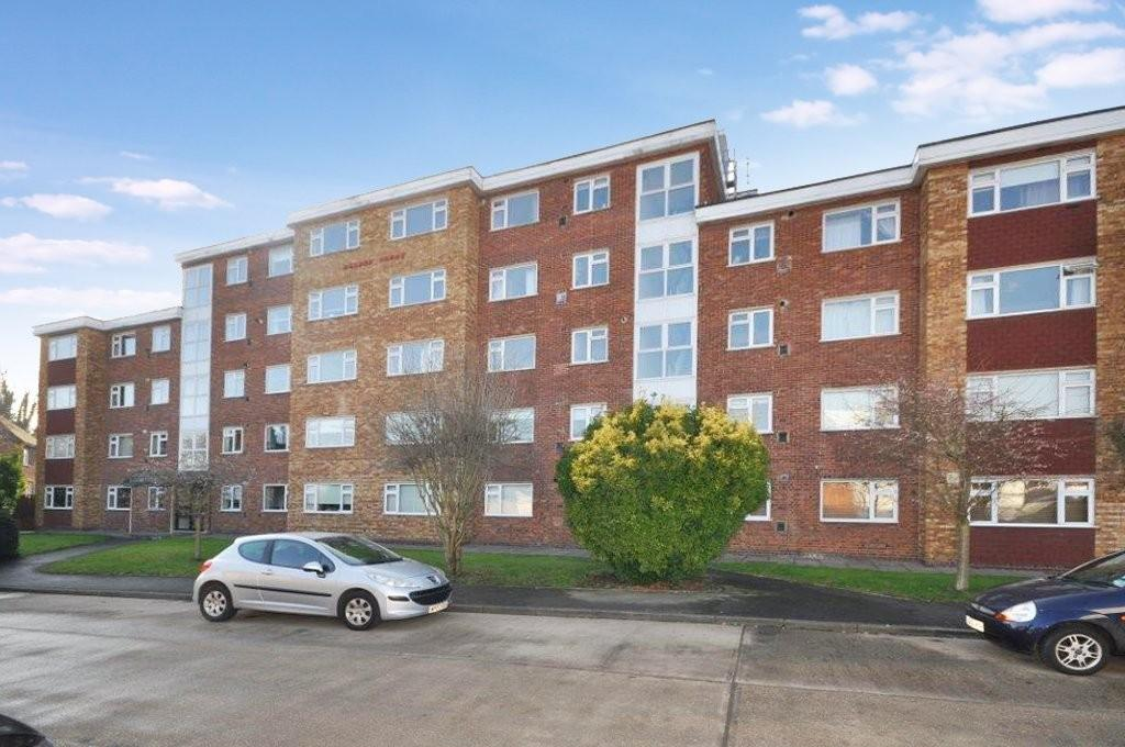 2 Bedrooms Flat for sale in Durham Avenue, Woodford Green