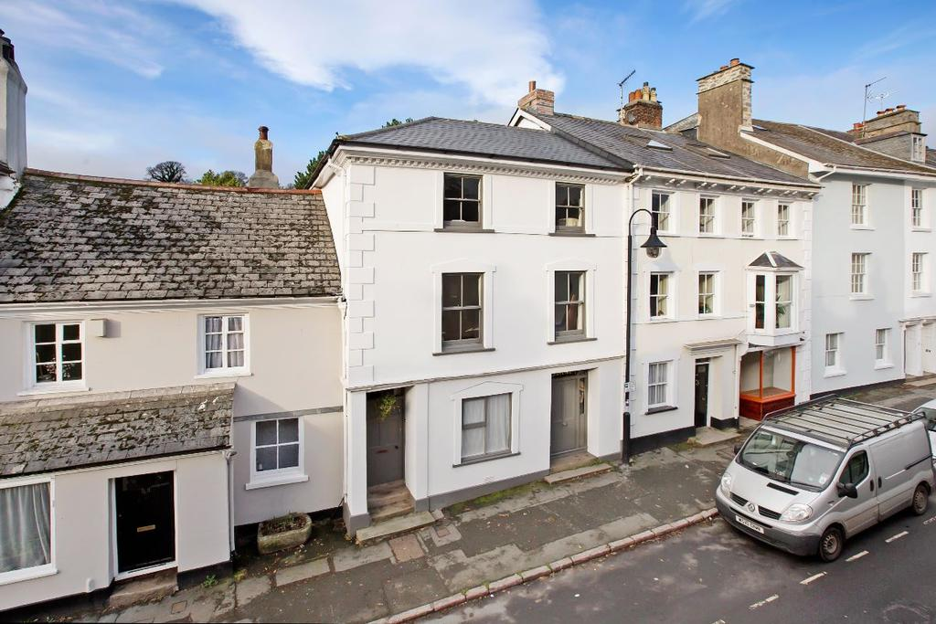 3 Bedrooms Terraced House for sale in Ashburton
