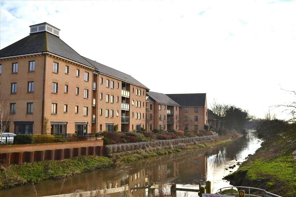1 Bedroom Retirement Property for sale in Shortmead Street, Biggleswade, SG18