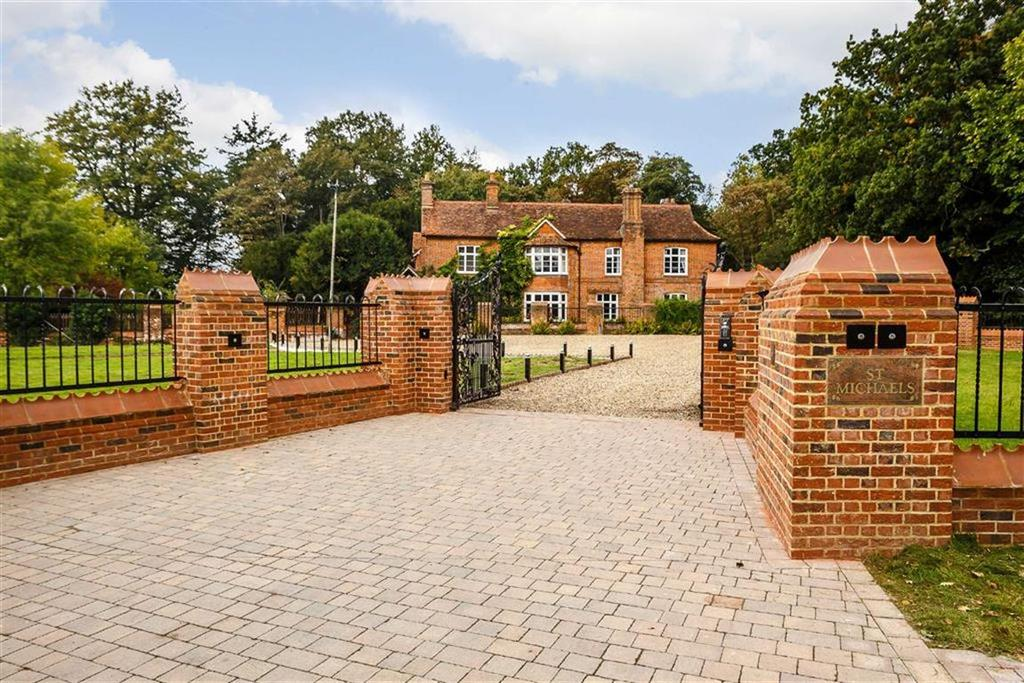 7 Bedrooms Detached House for sale in Wild Hill Road, Essendon, Hertfordshire