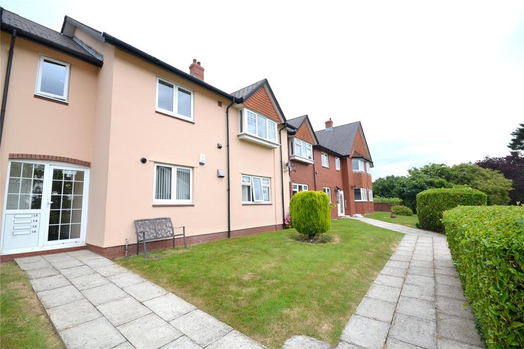 2 Bedrooms Apartment Flat for sale in Edward Nicholl Court, Waterloo Road, Penylan, Cardiff, CF23