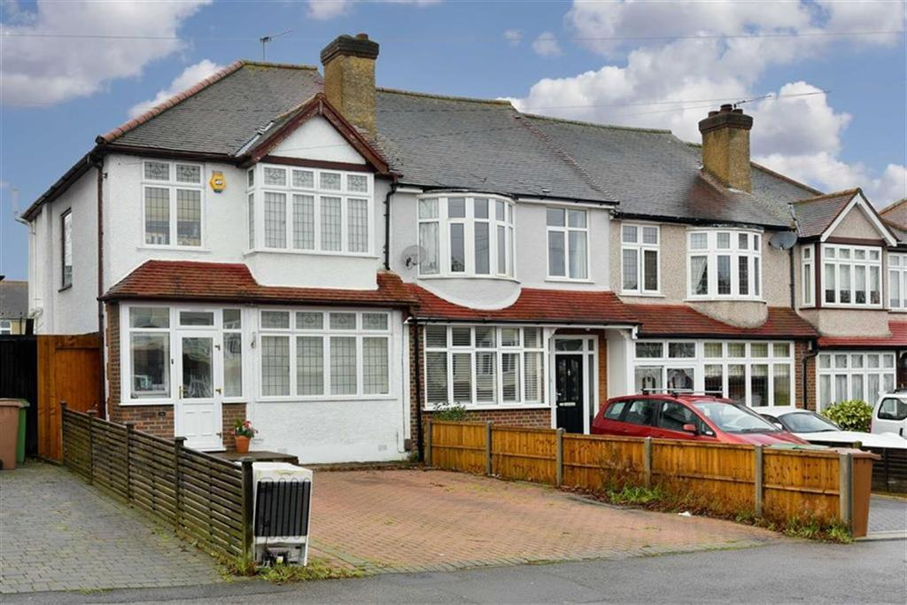 3 Bedrooms End Of Terrace House for sale in Bridgewood Road, Worcester Park, Surrey