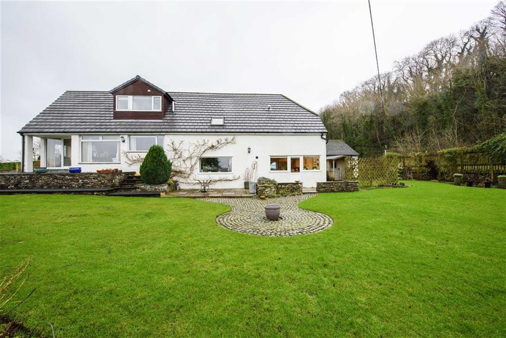 3 Bedrooms Detached House for sale in Levens, Cumbria