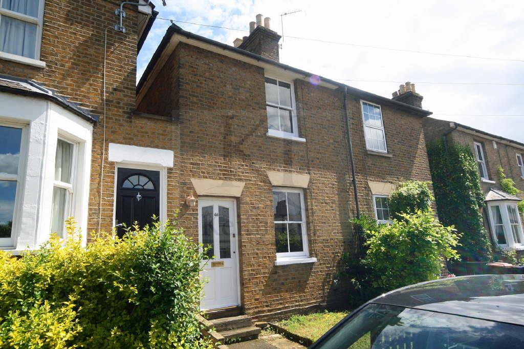 2 Bedrooms Terraced House for sale in High Oak Road, Ware
