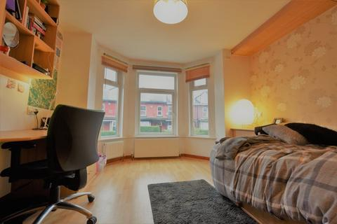 12 bedroom house to rent - & Brudenell Mount, Leeds