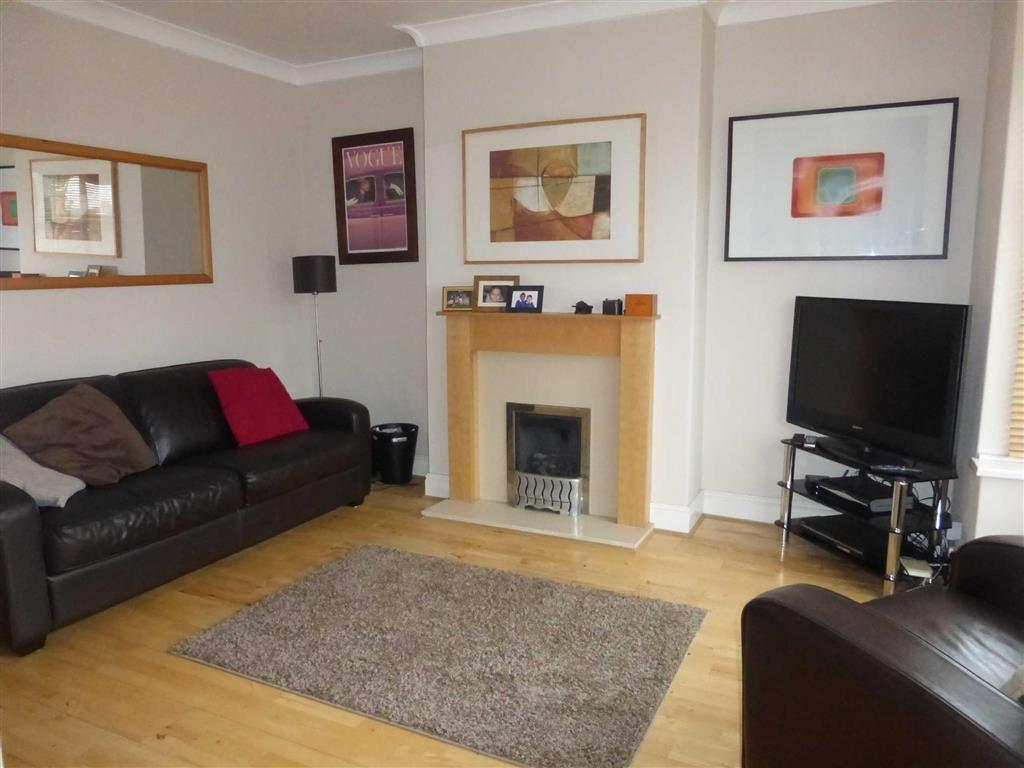 2 Bedrooms Terraced House for sale in Wolfreton Road, Anlaby, Anlaby, HU10
