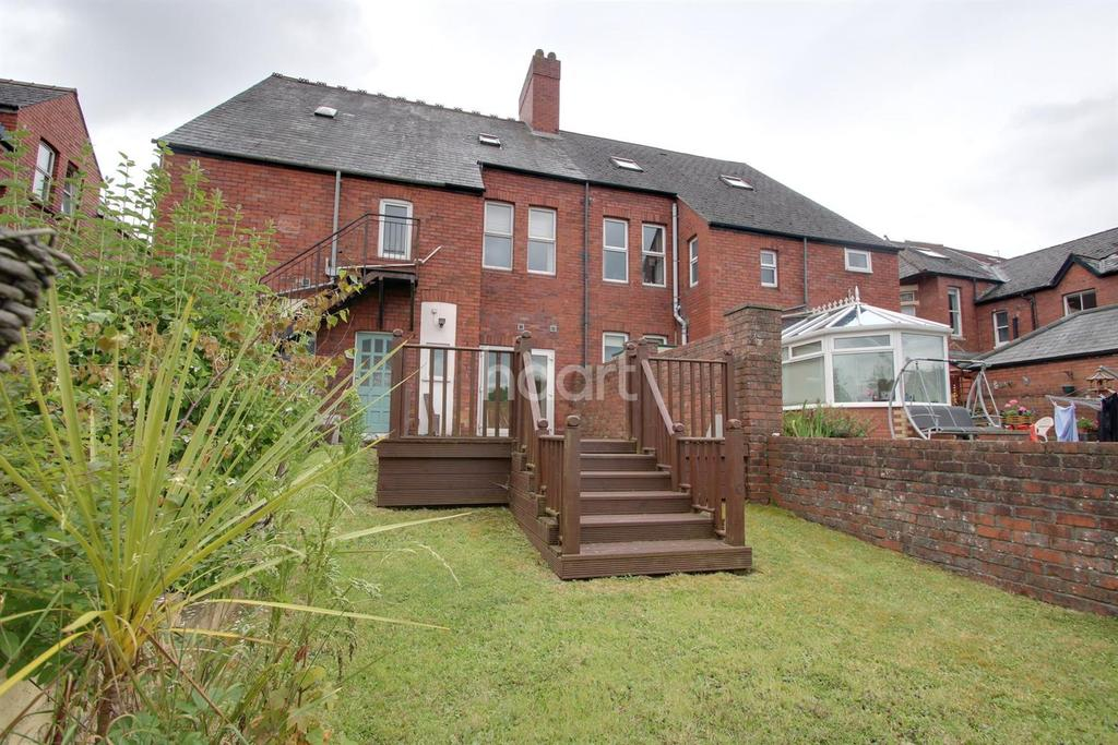 2 Bedrooms Flat for sale in Fields Road, City Centre, Newport