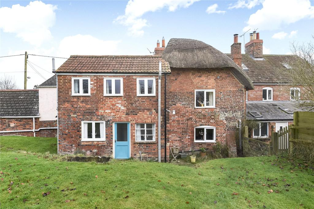 3 Bedrooms Terraced House for sale in Bottlesford Corner, Bottlesford, Pewsey