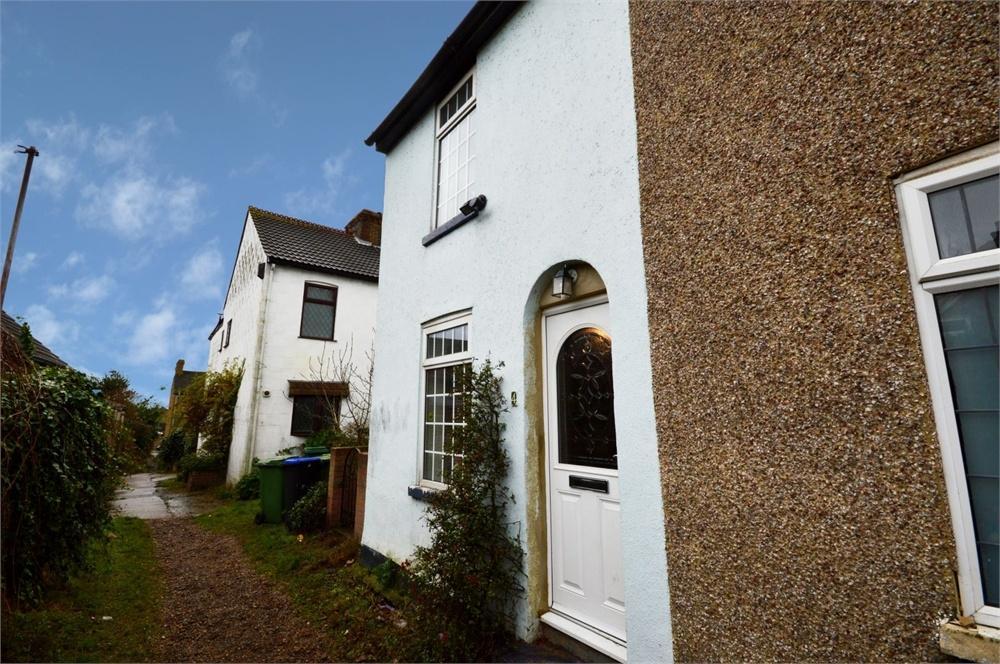 2 Bedrooms Semi Detached House for sale in Standard Road, Upper Belvedere