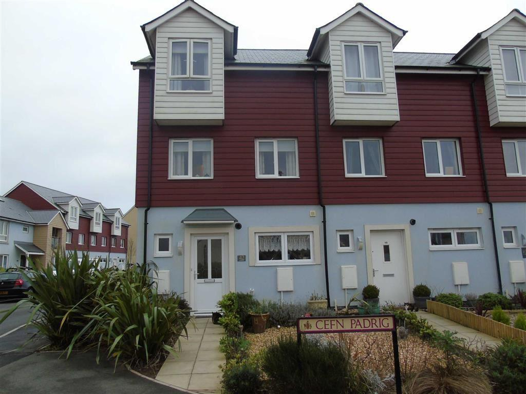 3 Bedrooms Town House for sale in Cefn Padrig, Machynys, Llanelli