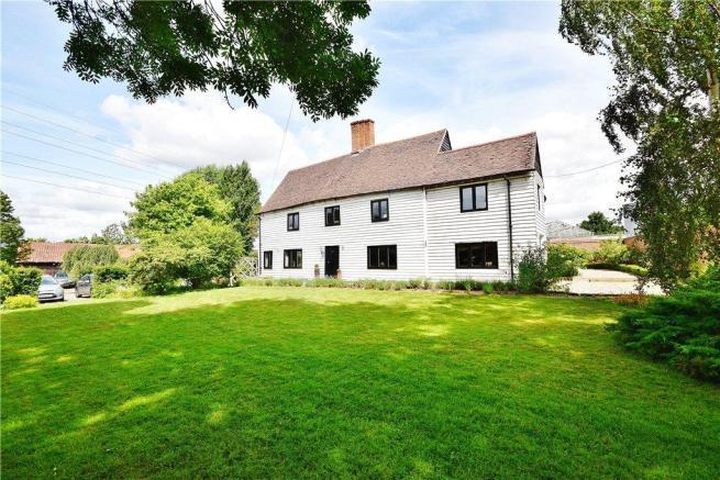 5 Bedrooms Detached House for sale in Hamlet Hill, Roydon, Harlow