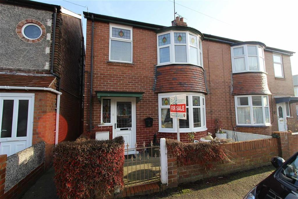 3 Bedrooms Semi Detached House for sale in St Johns Avenue West, Bridlington, YO16