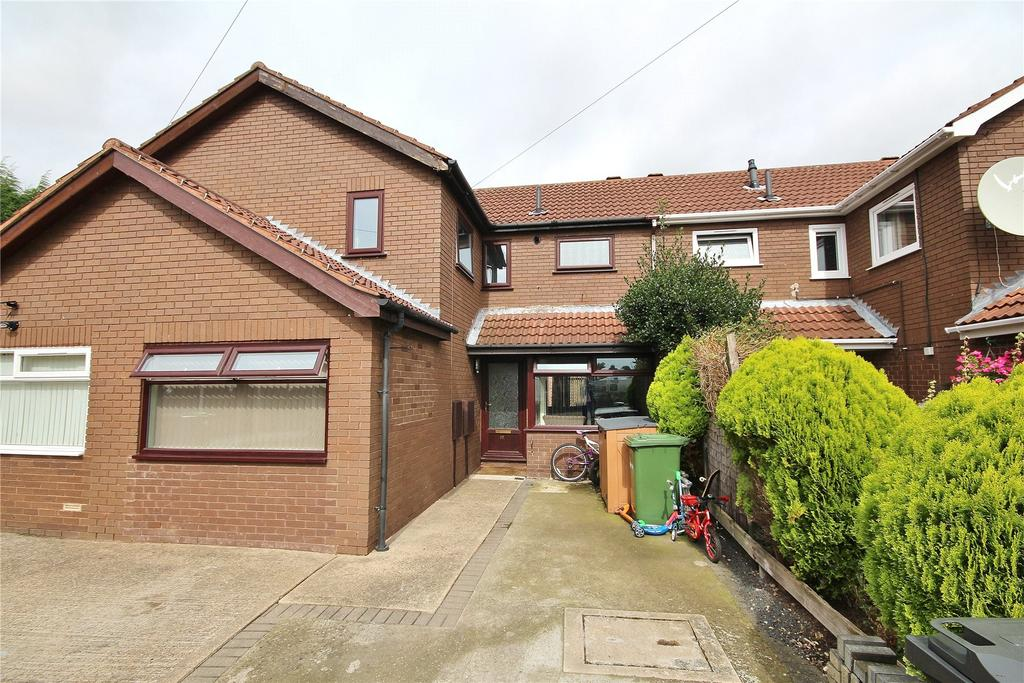 4 Bedrooms Terraced House for sale in Tobruk Close, Lincoln, LN1