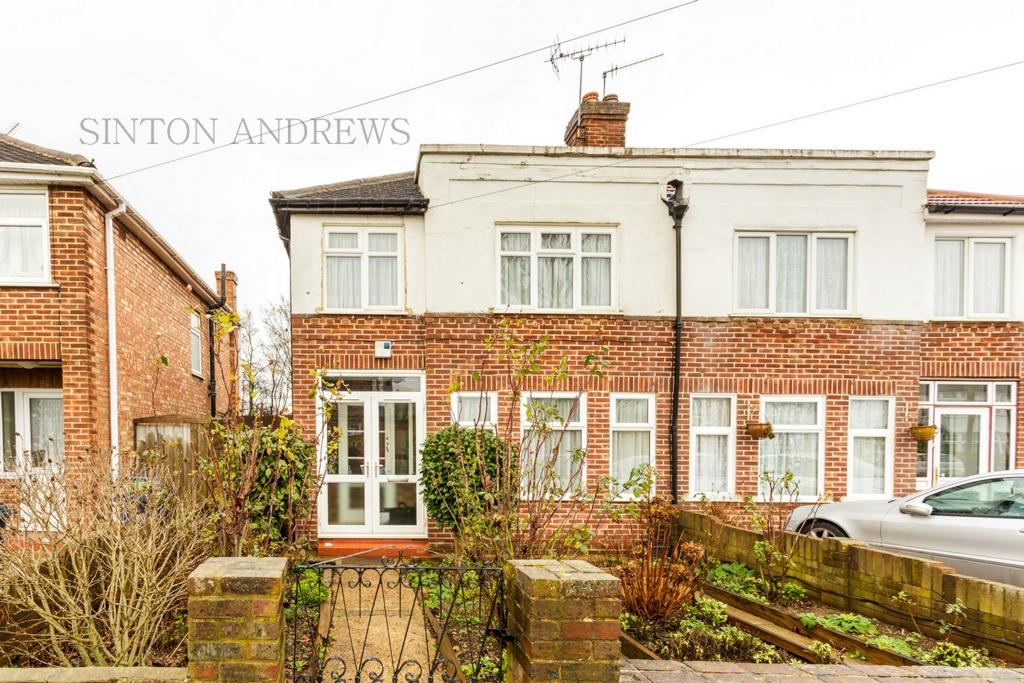 3 Bedrooms House for sale in Wyresdale Crescent, Perivale, UB6