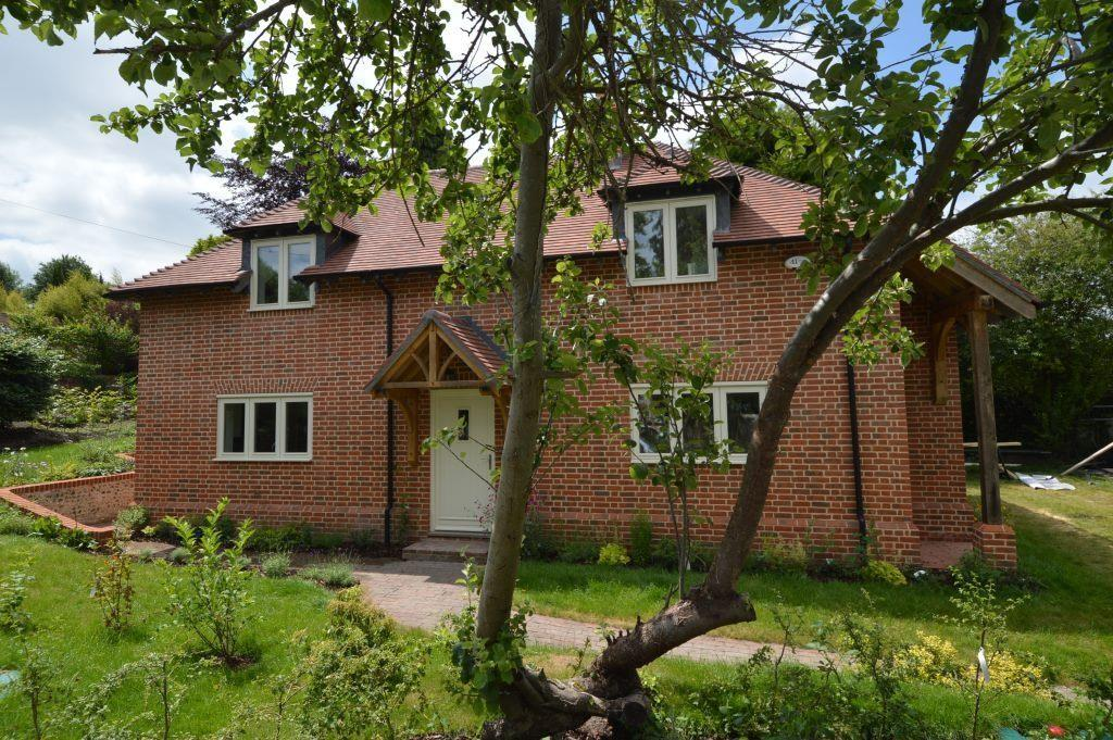 3 Bedrooms Detached House for sale in Station Road, West Meon, GU32