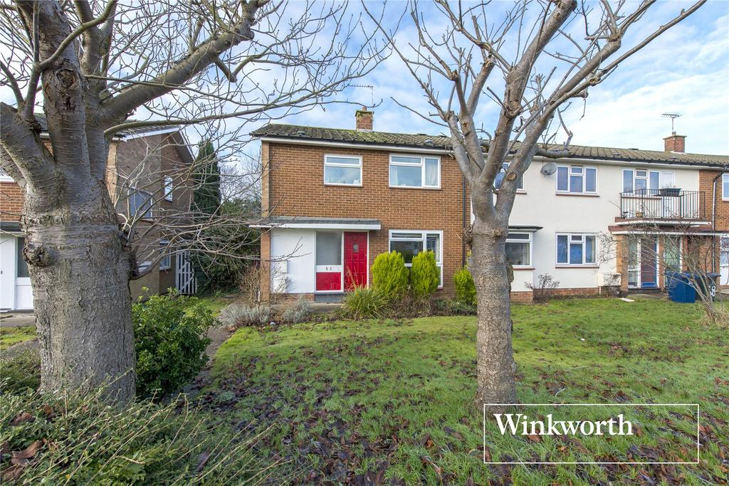 3 Bedrooms End Of Terrace House for sale in Mayhill Road, Barnet, Herts, EN5