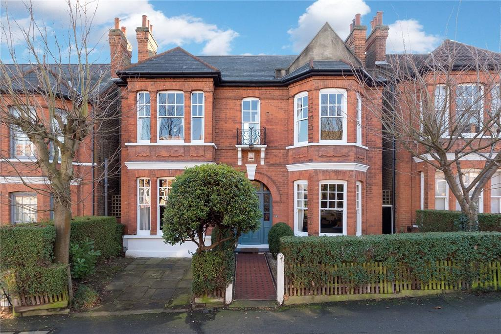 5 Bedrooms Detached House for sale in St Julians Farm Road, London, SE27