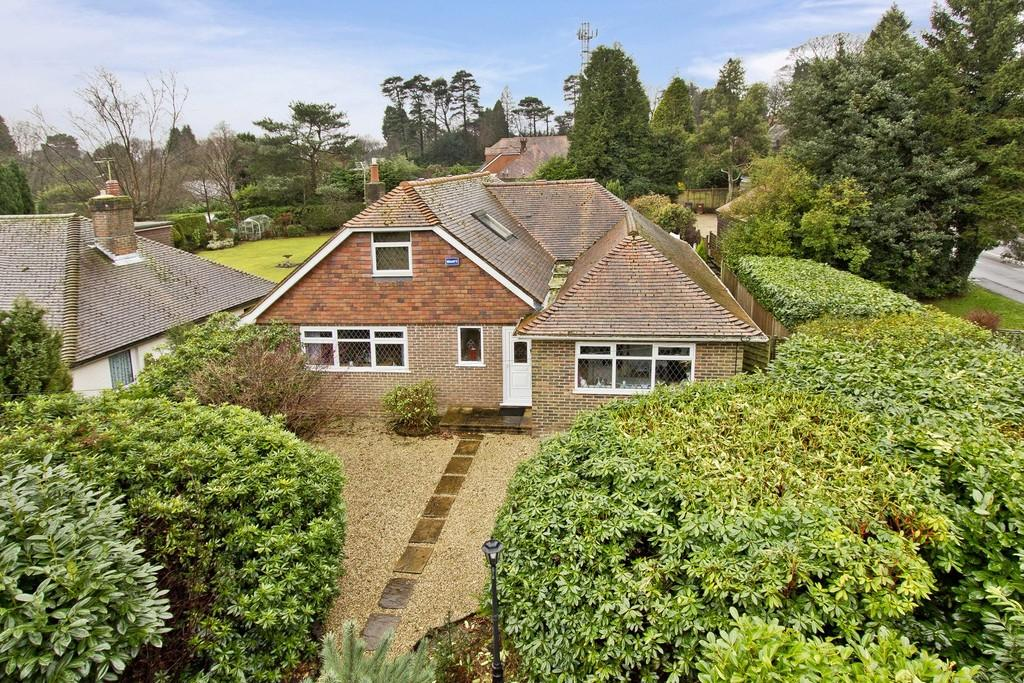 4 Bedrooms Detached House for sale in Mill Lane, Crowborough