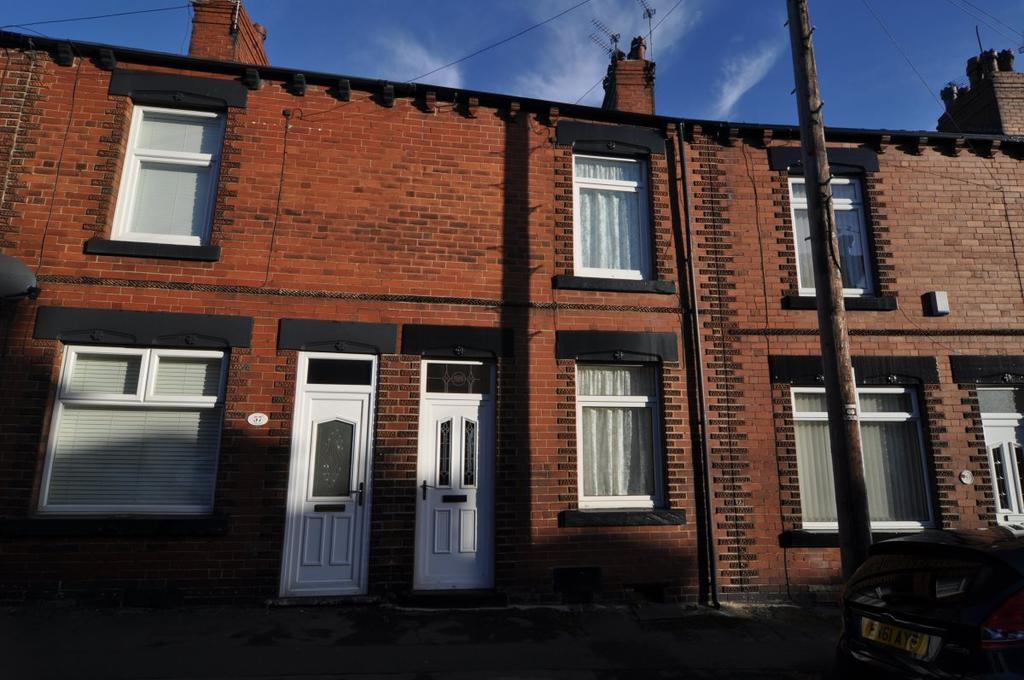 3 Bedrooms House for rent in Caxton Street, Barnsley