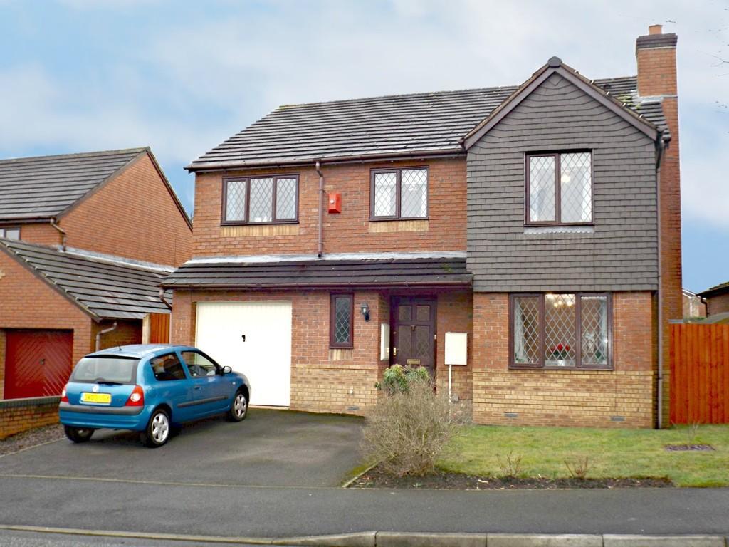 5 Bedrooms Detached House for sale in Merrivale Road, Wistaston