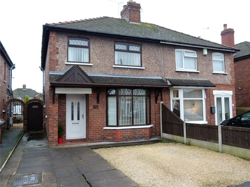 3 Bedrooms Semi Detached House for sale in Atholl Avenue, Crewe, Cheshire, CW2