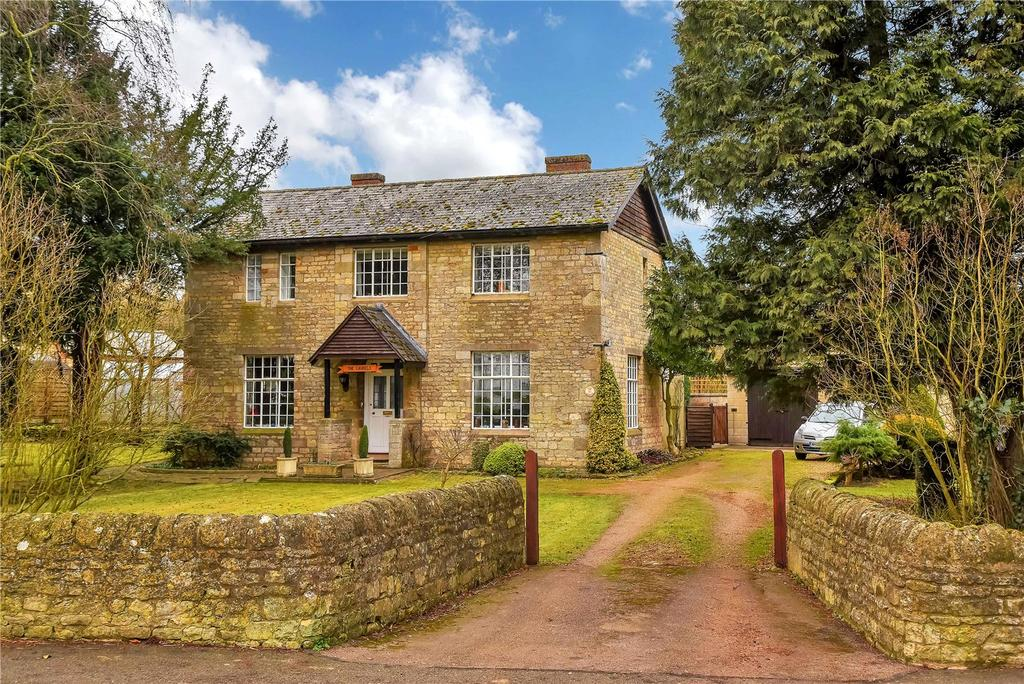 4 Bedrooms Detached House for sale in Main Street, Thistleton, Oakham